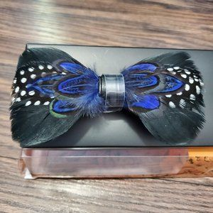 NWT Tallia Feather Bow Tie